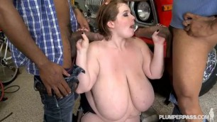 Lexxxi Luxe Very thick donut finds two big cocks