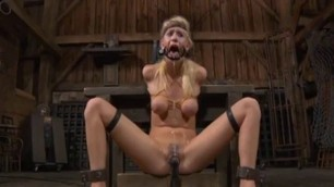 human blowjob fucking machine Widens her mouth and fucks