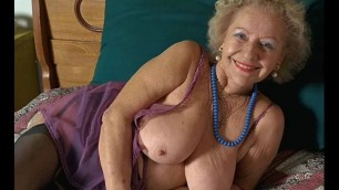 Grannies A selection of erotic photos of naked mature women
