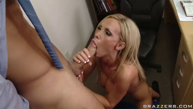 Nikki Benz - Stretch My Balloon Knot Asshole