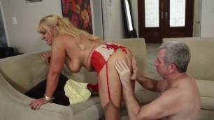 Busty old blondie Nevena Rey gets her snatch bonked well